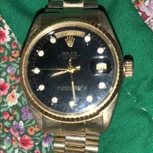 Rolex President Datejust 18kt Yellow Gold Black